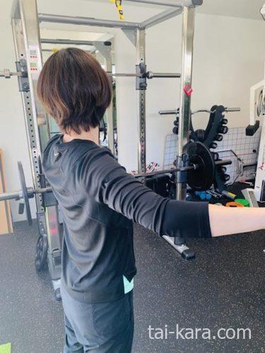 トレーナー背中トレーニング